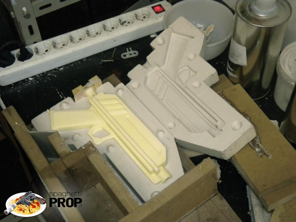 la prima copia in resina poliuretanica